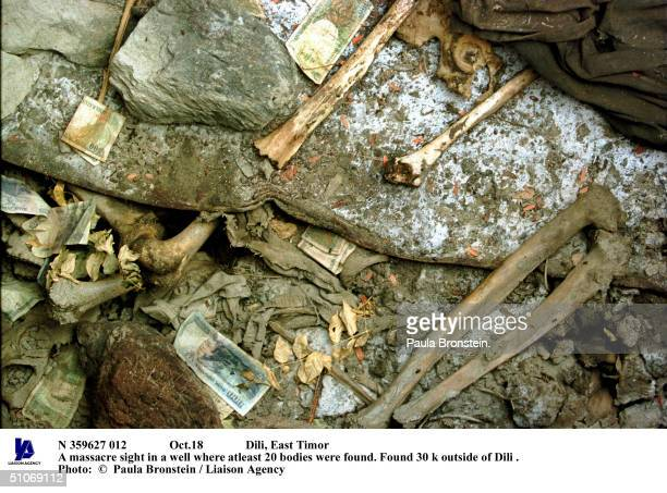Oct18 Dili East Timor A Massacre Sight In A Well Where Atleast 20 Bodies Were Found Found 30 K Outside Of Dili