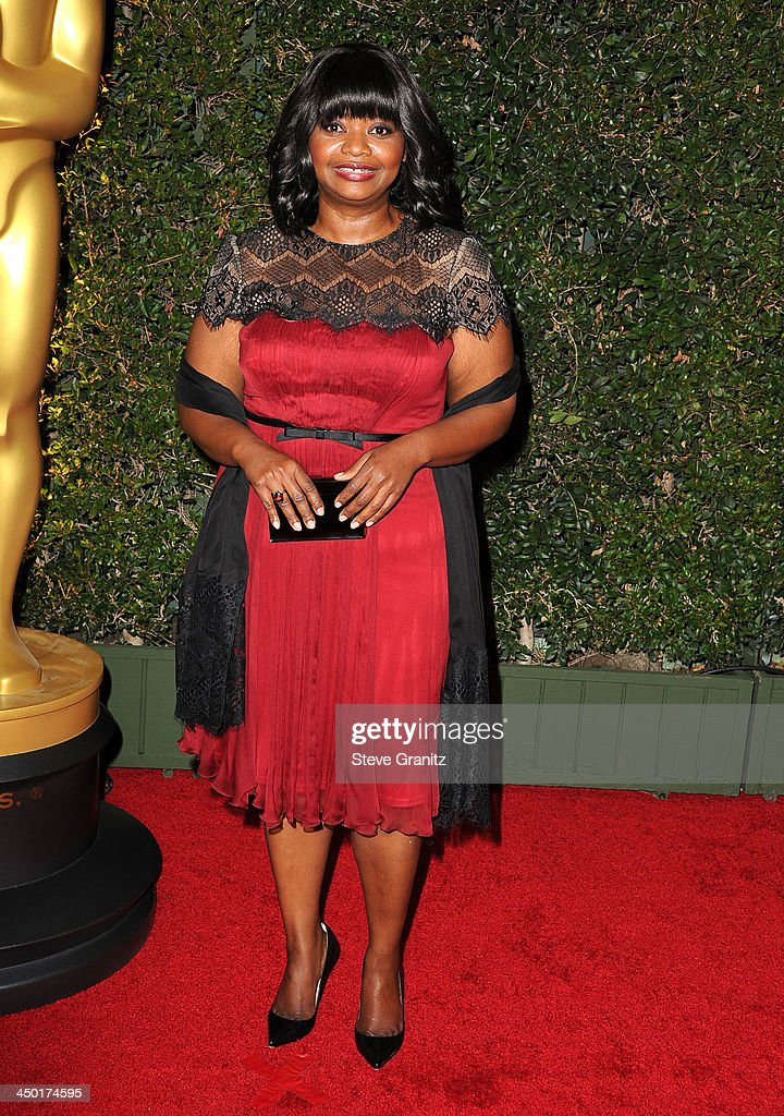 <a gi-track='captionPersonalityLinkClicked' href=/galleries/search?phrase=Octavia+Spencer&family=editorial&specificpeople=2538115 ng-click='$event.stopPropagation()'>Octavia Spencer</a> arrives at the The Board Of Governors Of The Academy Of Motion Picture Arts And Sciences' Governor Awards at Dolby Theatre on November 16, 2013 in Hollywood, California.