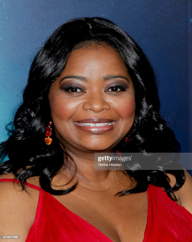 Octavia Spencer attends the premiere of 'The Shape Of Water' at Academy Of Motion Picture Arts And Sciences on November 15, 2017 in Los Angeles, California.
