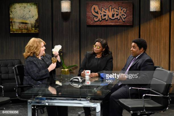 LIVE 'Octavia Spencer' Episode 1719 Pictured Aidy Bryant Octavia Spencer and Kenan Thompson during the 'Spencer's Gifts' sketch on March 4 2017