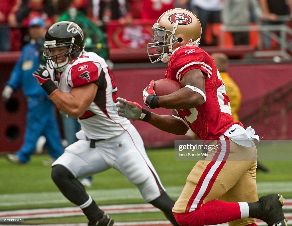 835360ed7 San Francisco 49ers running back Glen Coffee 29 runs by Atlanta Falcons  linebacker Coy Wire ...