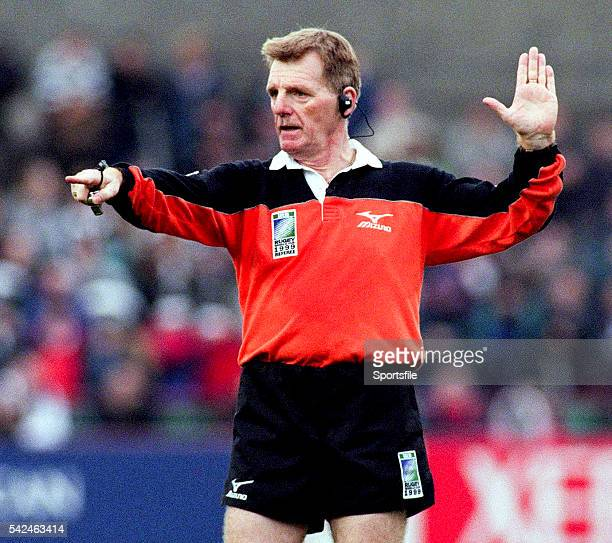 24 October 1999 Referee Derek Bevan 1999 Rugby World Cup France v Argentina Lansdowne Road Dublin Picture credit Matt Browne / SPORTSFILE