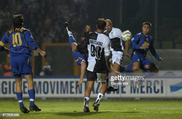 Zlatan Ibrahimovic of Juventus FC in action during the italian Serie A 7 th round macht played between Siena and Juventus of Turin at 'Artemio...