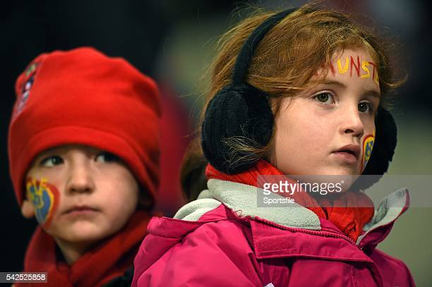 10 October 2014 Munster supporters Elsie Carey aged 6 from Meelick Co Clare right along with her cousin Shane Whelan aged 5 from Kilrrush Co Clare...