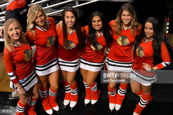 how to become a blackhawks ice girl