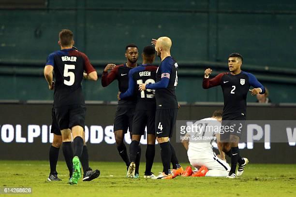 Julian Green celebrates his goal with Matt Besler Kellyn Acosta Michael Bradley and DeAndre Yedlin The United States Men's National Team hosted the...