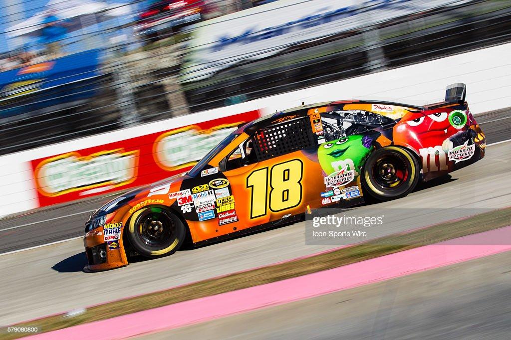 kyle busch nascar sprint cup series driver of the 18 mms halloween toyota races - Kyle Busch Halloween Car