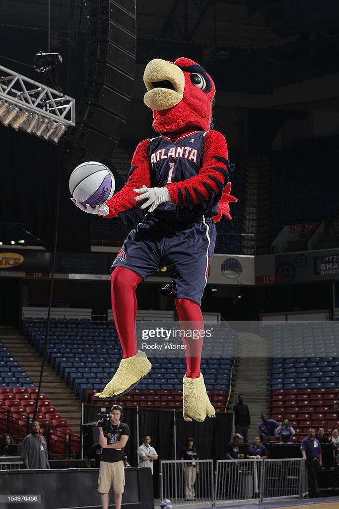 Harry The Hawk of the Atlanta Hawks goes for a dunk during Open Practice of the Sacramento Kings on October 28, 2012 at Sleep Train Arena in Sacramento, California.