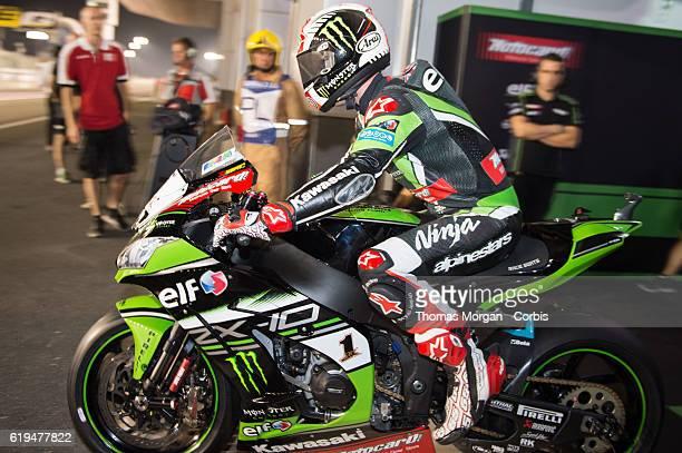 DOHA QATAR October 29th 2016 Losail Circuit Qatar Jonathan Rea who rides Kawasaki for Kawasaki Racing Team during Superpole for the final round of...