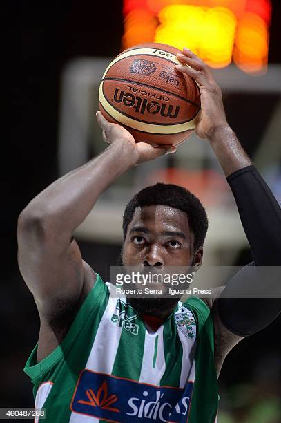 Oderah Anosike of Sidigas in action during the LegaBasket serie A1 match between Virtus Granarolo Bologna and Sidigas Avellino at Unipol Arena on...