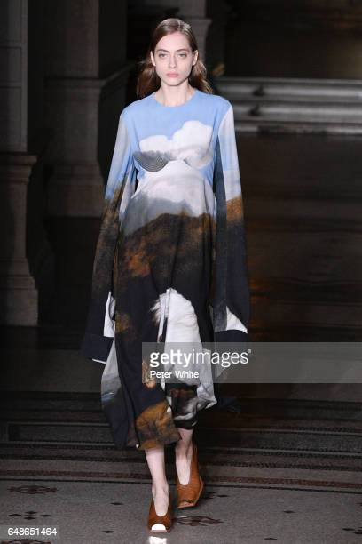 Odette Pavlova walks the runway during the Stella McCartney show as part of the Paris Fashion Week Womenswear Fall/Winter 2017/2018 on March 6 2017...