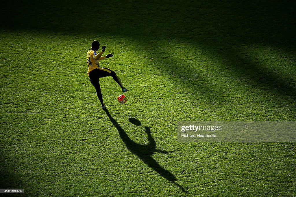 Odion Ighalo of Watford warms up prior to the Barclays Premier League match between Watford and Manchester United at Vicarage Road on November 21, 2015 in Watford, England.
