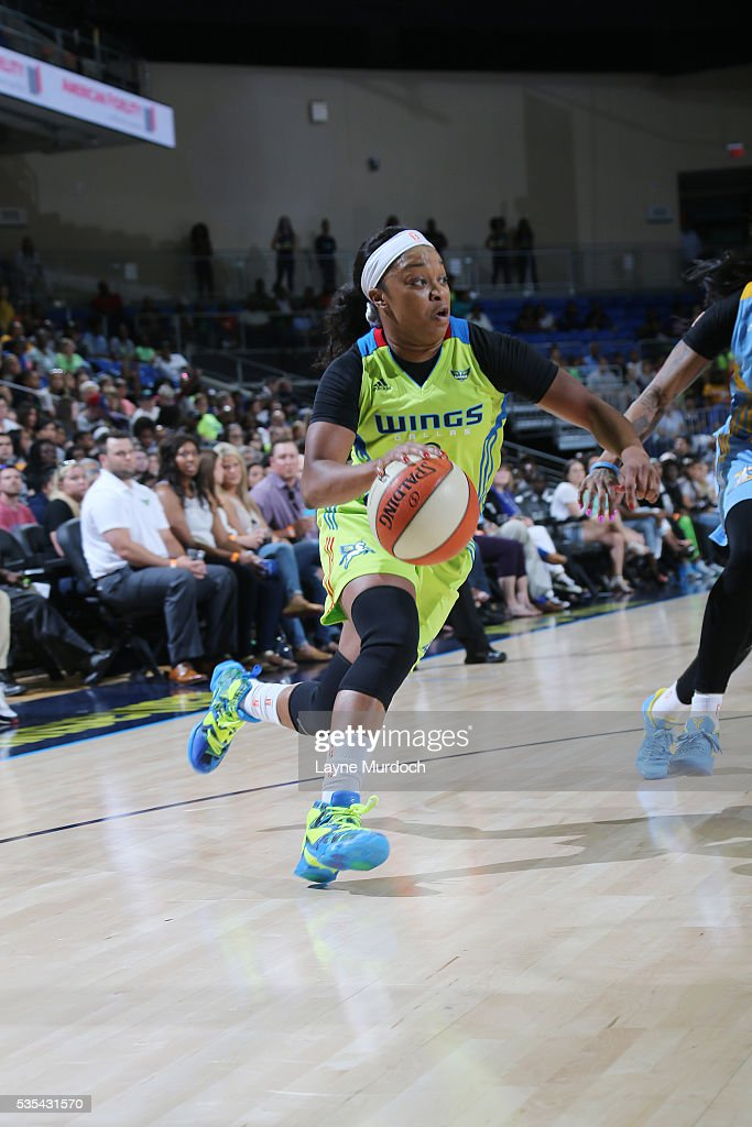 <a gi-track='captionPersonalityLinkClicked' href=/galleries/search?phrase=Odyssey+Sims&family=editorial&specificpeople=7412276 ng-click='$event.stopPropagation()'>Odyssey Sims</a> #0 of the Dallas Wings handles the ball against the Chicago Sky on May 29, 2016 at College Park Center in Arlington, Texas.
