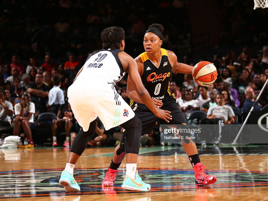 <a gi-track='captionPersonalityLinkClicked' href=/galleries/search?phrase=Odyssey+Sims&family=editorial&specificpeople=7412276 ng-click='$event.stopPropagation()'>Odyssey Sims</a> #0 of the Tulsa Shock drives to the basket against the New York Liberty on August 15, 2015 at Madison Square Garden, New York City , New York.