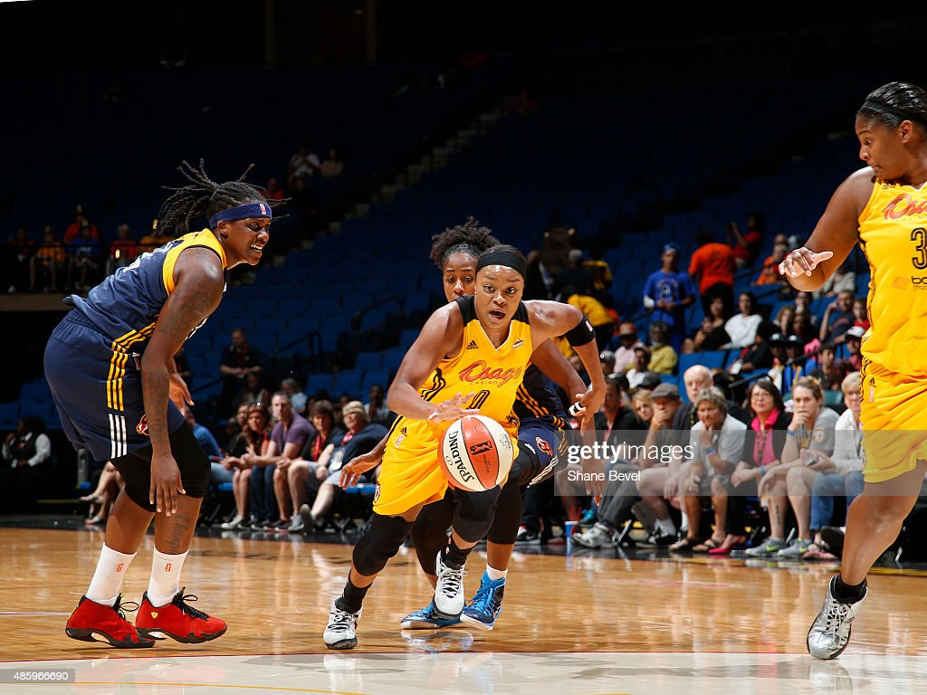 <a gi-track='captionPersonalityLinkClicked' href=/galleries/search?phrase=Odyssey+Sims&family=editorial&specificpeople=7412276 ng-click='$event.stopPropagation()'>Odyssey Sims</a> #0 of the Tulsa Shock drives to the basket against the Indiana Fever on August 30, 2015 at the BOK Center in Tulsa, Oklahoma.