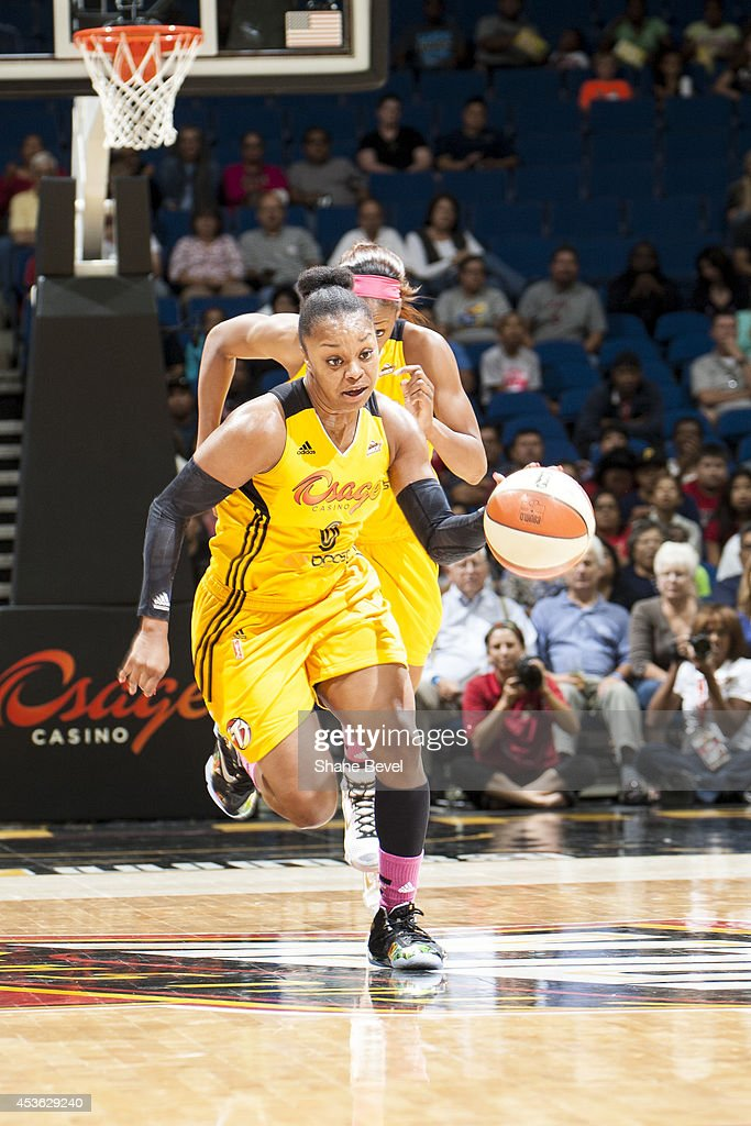 <a gi-track='captionPersonalityLinkClicked' href=/galleries/search?phrase=Odyssey+Sims&family=editorial&specificpeople=7412276 ng-click='$event.stopPropagation()'>Odyssey Sims</a> #0 of the Tulsa Shock handles the ball against the Atlanta Dream during the WNBA game on July 29, 2014 at the BOK Center in Tulsa, Oklahoma.