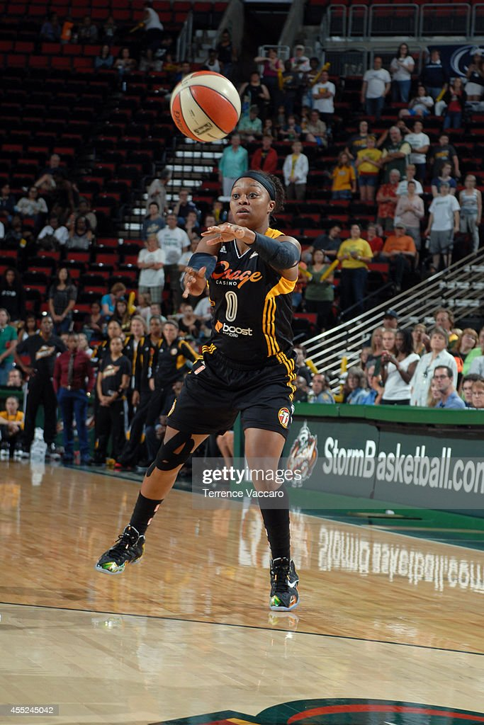 <a gi-track='captionPersonalityLinkClicked' href=/galleries/search?phrase=Odyssey+Sims&family=editorial&specificpeople=7412276 ng-click='$event.stopPropagation()'>Odyssey Sims</a> #0 of the Tulsa Shock passes the ball against the Seattle Storm during the game on August 10,2014 at Key Arena in Seattle, Washington.