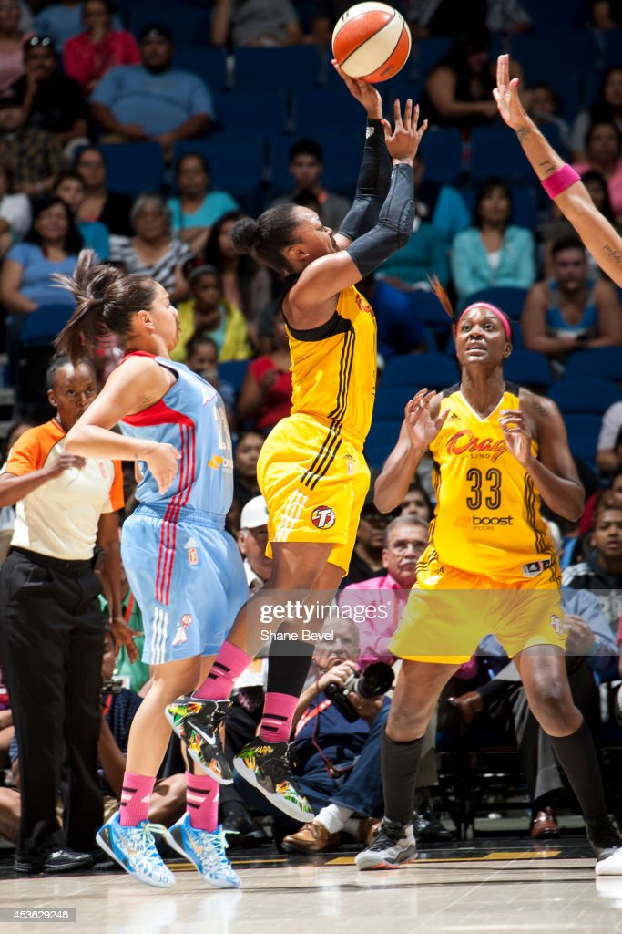 <a gi-track='captionPersonalityLinkClicked' href=/galleries/search?phrase=Odyssey+Sims&family=editorial&specificpeople=7412276 ng-click='$event.stopPropagation()'>Odyssey Sims</a> #0 of the Tulsa Shock shoots the ball against the Atlanta Dream during the WNBA game on July 29, 2014 at the BOK Center in Tulsa, Oklahoma.