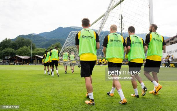 Oemer Toprak Christian Pulisic Sebastian Rode and Maximilian Philipp of Borussia Dortmund during a training session as part of the training camp on...