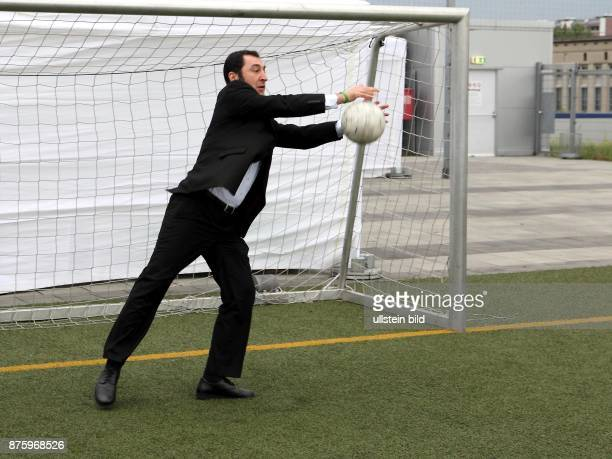 Oezdemir Cem Politician Chairman of the Green Party Germany plays football