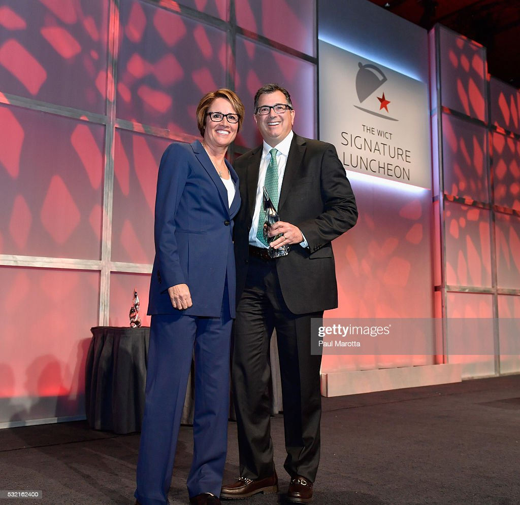 Of Affiliate Relations for HSN Peter Ruben receives the PAR Best Companies for Women in Cable Award from NBC Olympic Correspondent and Tennis Analyst...
