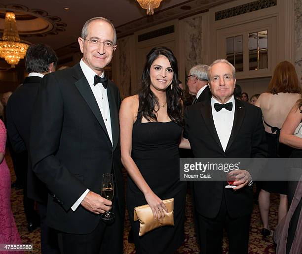 CEO of Comcast Brian Roberts actress Cecily Strong and producer Lorne Michaels attend the Hospital For Special Surgery 32nd annual tribute dinner at...