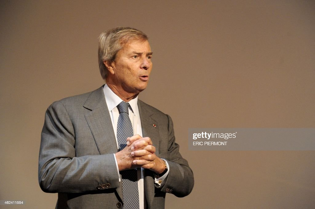 CEO of French industrial group Bollore, Vincent Bollore, holds a press conference on Autolib, a French electric car pick-up service, and Bluesolutions, Bollore's subsidiaries for electricity storage, on January 28, 2015 in Paris. AFP PHOTO / ERIC PIERMONT
