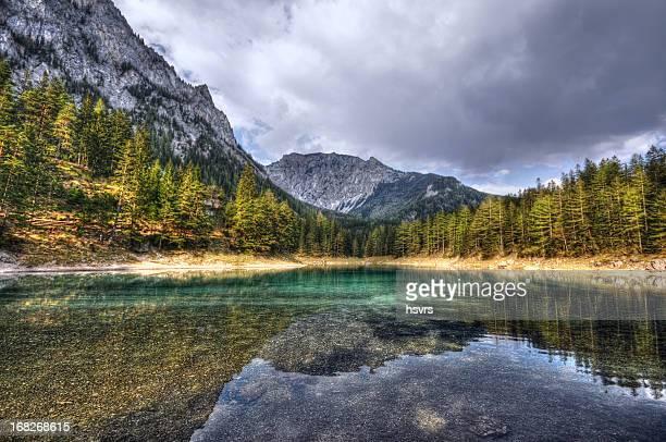 HDR des Green Lake in Steiermark Österreich ANZEIGEN-Green
