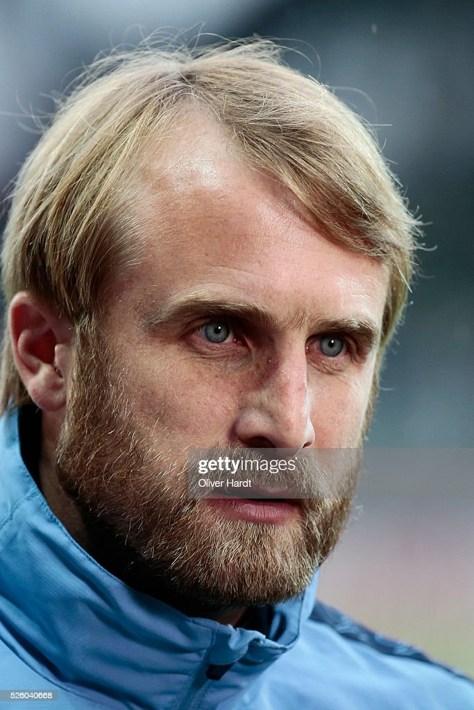 of Head coach <a gi-track='captionPersonalityLinkClicked' href=/galleries/search?phrase=Daniel+Bierofka&family=editorial&specificpeople=787567 ng-click='$event.stopPropagation()'>Daniel Bierofka</a> of Muenchen looks on prior to the Second Bundesliga match between FC St. Pauli and 1860 Muenchen at Millerntor Stadium on April 29, 2016 in Hamburg, Germany.