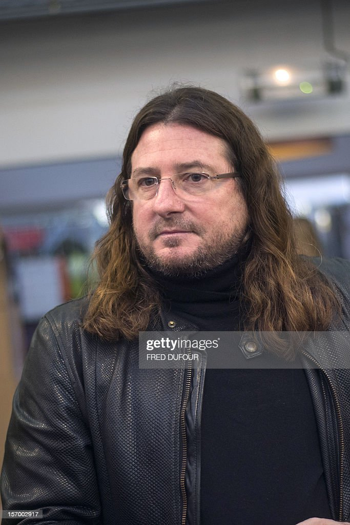 CEO of online vente-privee.com Jacques-Antoine Granjon is pictured during a tour of the company's headquarters in Saint-Denis, north of Paris, on November 27, 2012 ahead of the Christmas and new Year celebrations. The vente-privee.com storage facilities celebrates its 10th anniversary AFP PHOTO / FRED DUFOUR