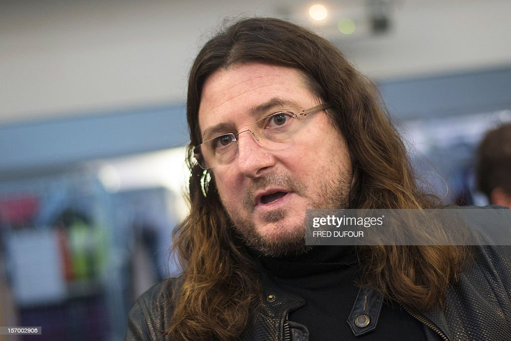 CEO of online vente-privee.com Jacques-Antoine Granjon speaks during a tour of the company's headquarters in Saint-Denis, north of Paris, on November 27, 2012 ahead of the Christmas and new Year celebrations. The vente-privee.com storage facilities celebrates its 10th anniversary