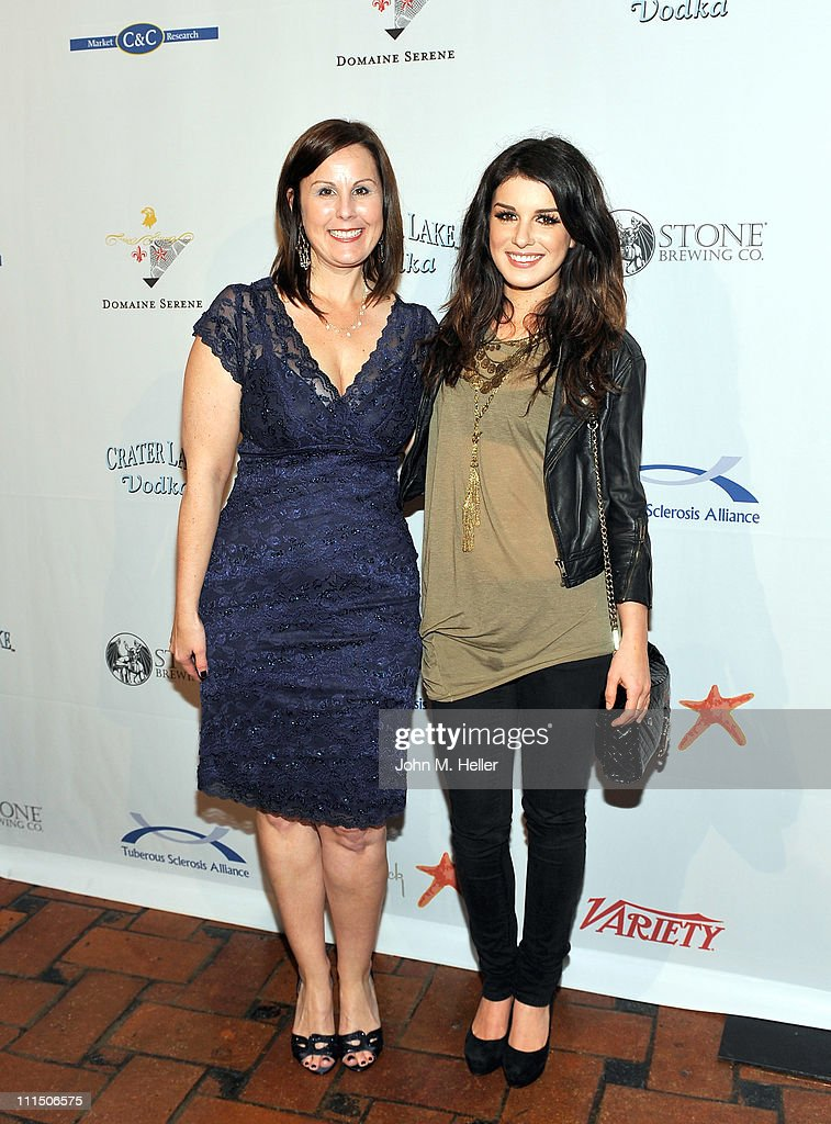 """10th Annual """"Comedy For A Cure"""" 2011"""