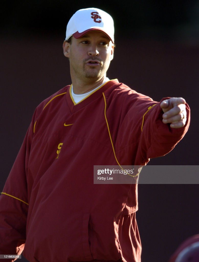 USC offensive coordinator <a gi-track='captionPersonalityLinkClicked' href=/galleries/search?phrase=Lane+Kiffin&family=editorial&specificpeople=4120527 ng-click='$event.stopPropagation()'>Lane Kiffin</a> during spring football practice at Howard Jones Field on the campus of the University of Southern California in Los Angeles, California on Friday, March 25, 2005.