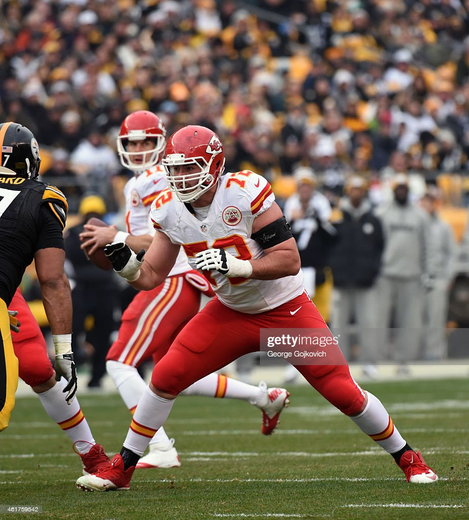 Offensive lineman <a gi-track='captionPersonalityLinkClicked' href=/galleries/search?phrase=Eric+Fisher+-+American+Football+Player&family=editorial&specificpeople=10866831 ng-click='$event.stopPropagation()'>Eric Fisher</a> #72 of the Kansas City Chiefs blocks as quarterback Alex Smith #11 drops back to pass during a game against the Pittsburgh Steelers at Heinz Field on December 21, 2014 in Pittsburgh, Pennsylvania. The Steelers defeated the Chiefs 20-12.