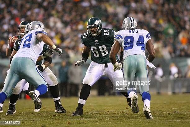 Offensive tackle Austin Howard of the Philadelphia Eagles pass blocks during a game against the Dallas Cowboys at Lincoln Financial Field on January...