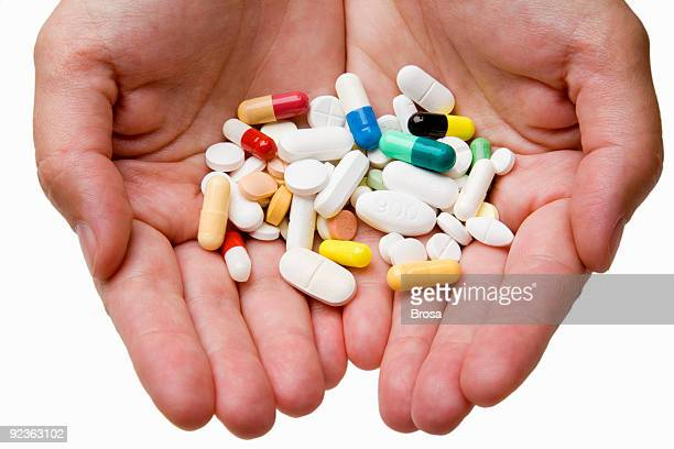 Avec des médicaments
