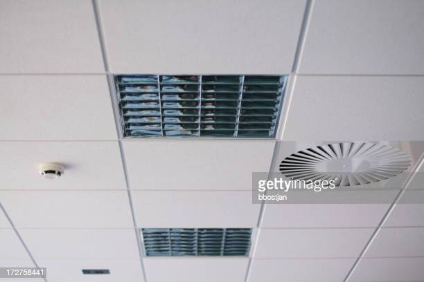 Plafond de bureau