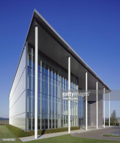 Office Farnborough United Kingdom Architect Foster And Partners Office ...