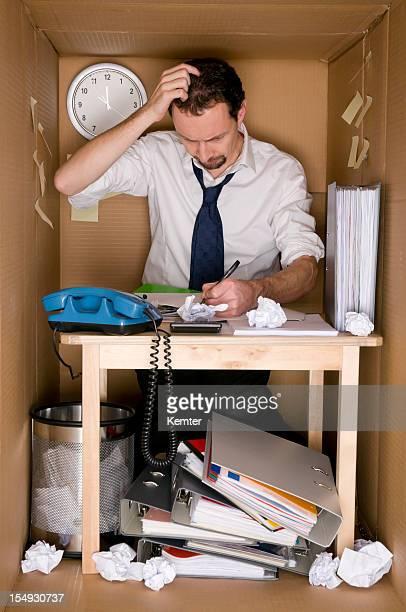 Oficina en una caja