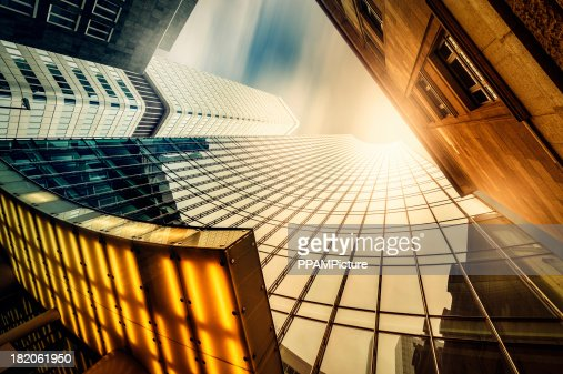 Bureau skysraper au soleil