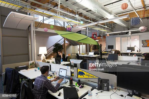 Usa business a look at googleplex corporate for Interior design companies in usa