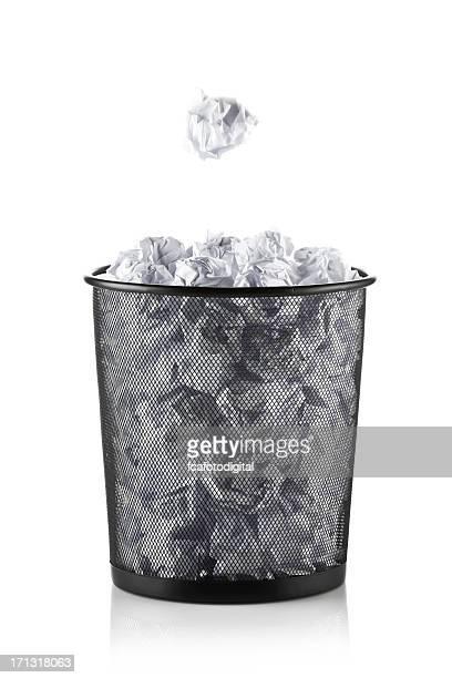 Bureau poubelle