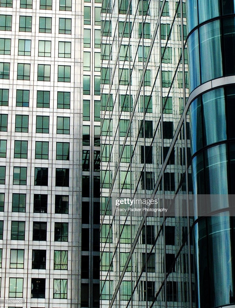 Offices and their reflections at Canary Wharf. : Stock Photo