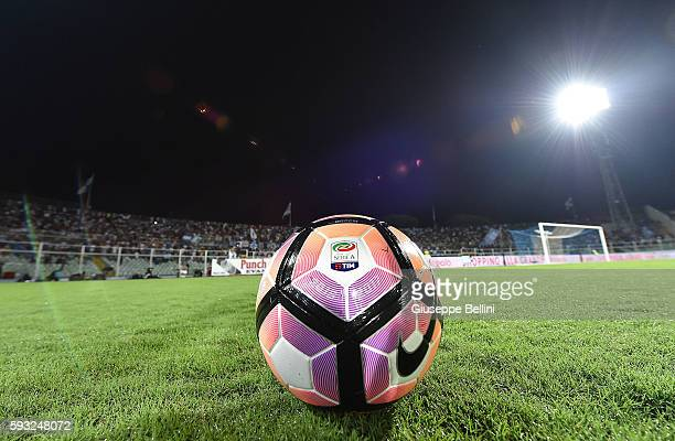 Official ball of Nike prior the Serie A match between Pescara Calcio and SSC Napoli at Adriatico Stadium on August 21 2016 in Pescara Italy