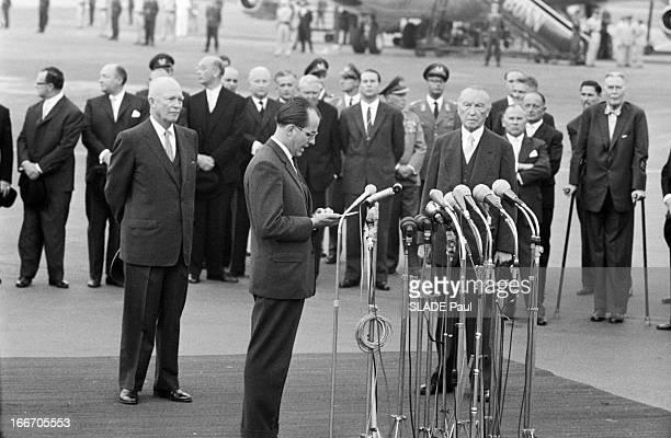 Official Travel Of The President Eisenhower In Bonn En Aout 1959 à l'occasion d'un voyage officiel en Europe le président des ÉtatsUnis Dwight David...
