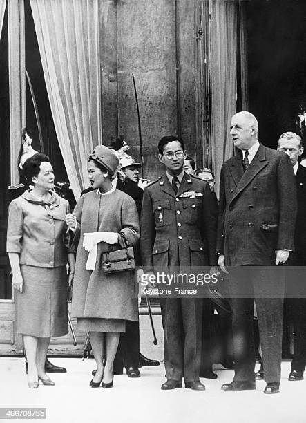 Official visit in France of king Bhumibol Adulyadej of Thailand aka Rama IX with his wife Queen Sirikit Kitiyakara here at the Elysee Palace in Paris...