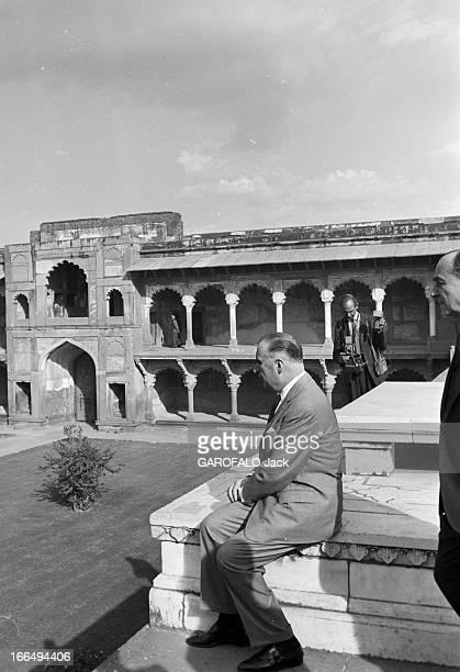 Official Visit Of Prime Minister Georges Pompidou To India Inde 1517 février 1965 Lors de sa visite officielle Georges POMPIDOU Premier ministre et...