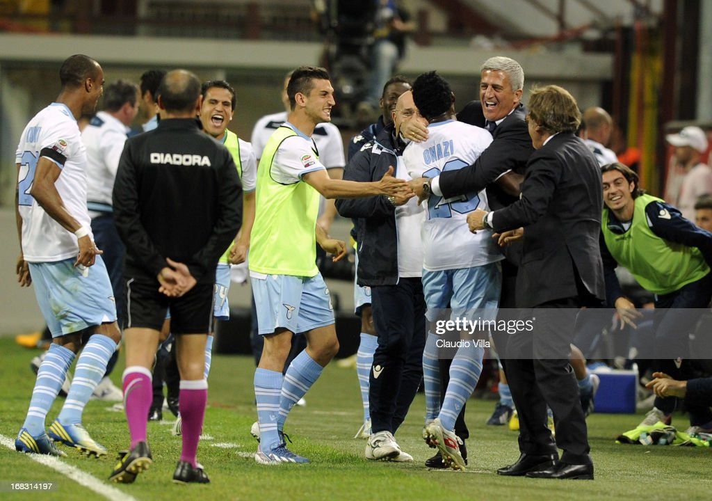 Ogenyi Onazi of S.S. Lazio #23 celebrates his goal with head coach Vladimir Petkovic during the Serie A match between FC Internazionale Milano and S.S. Lazio at San Siro Stadium on May 8, 2013 in Milan, Italy.