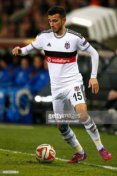 Oguzhan Ozyakup of Besiktas in action during the UEFA Europa League Round of 16 1st leg match between Club Brugge KV and Besiktas JK held at the Jan...