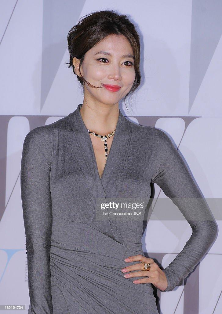 W Korea Breast Cancer Campaign 'Love Your W'